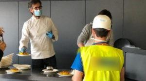 Cracco alla mensa degli operai a Milano Fiera